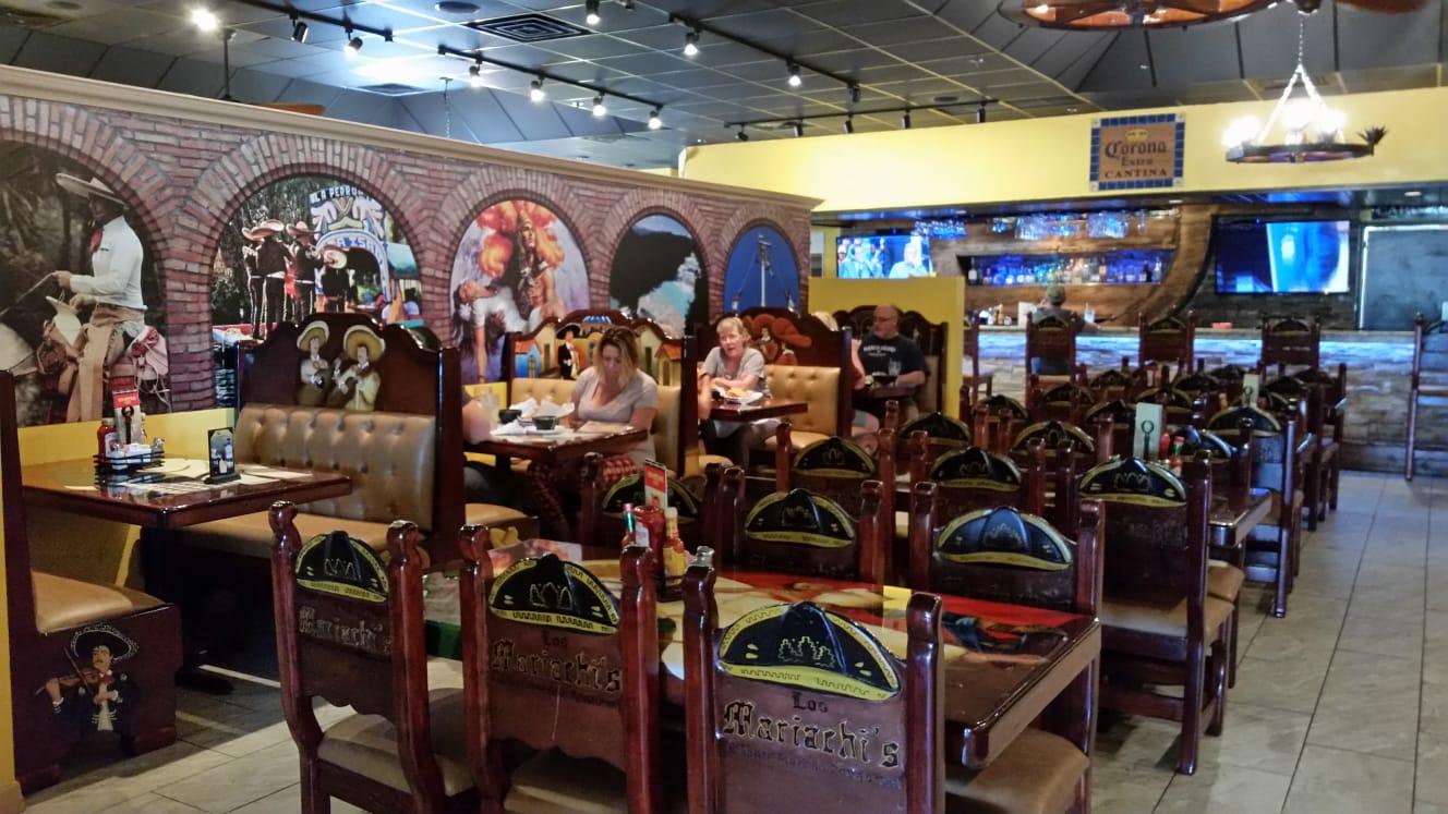 Los Mariachis Bar Grill